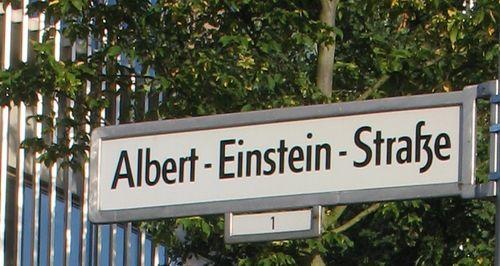 albert-einstein-strasse